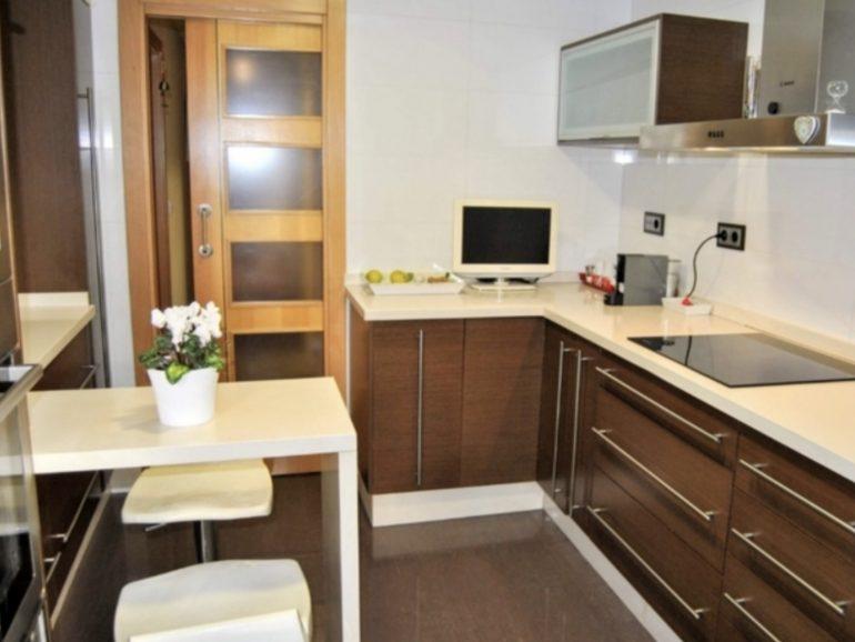 Reforma de cocina de 11 metros cuadrados en Griñón