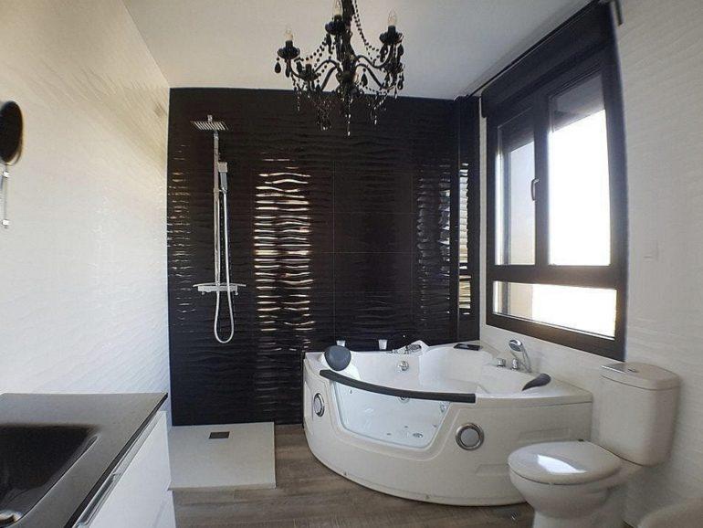 Presupuesto reformar baño grande en Madrid