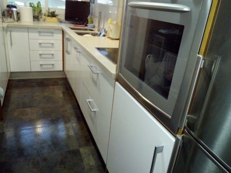 Calefacción, pintura y puerta para reforma en Getafe