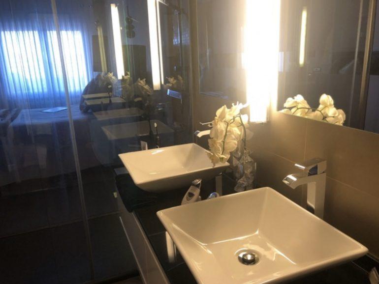 Reforma de dos baños en vivienda de Madrid
