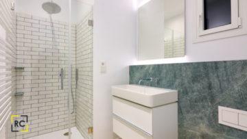 Reformas de Baños y Precios: ¿Cuánto Cuesta Cambiar el Aspecto de tu Baño?